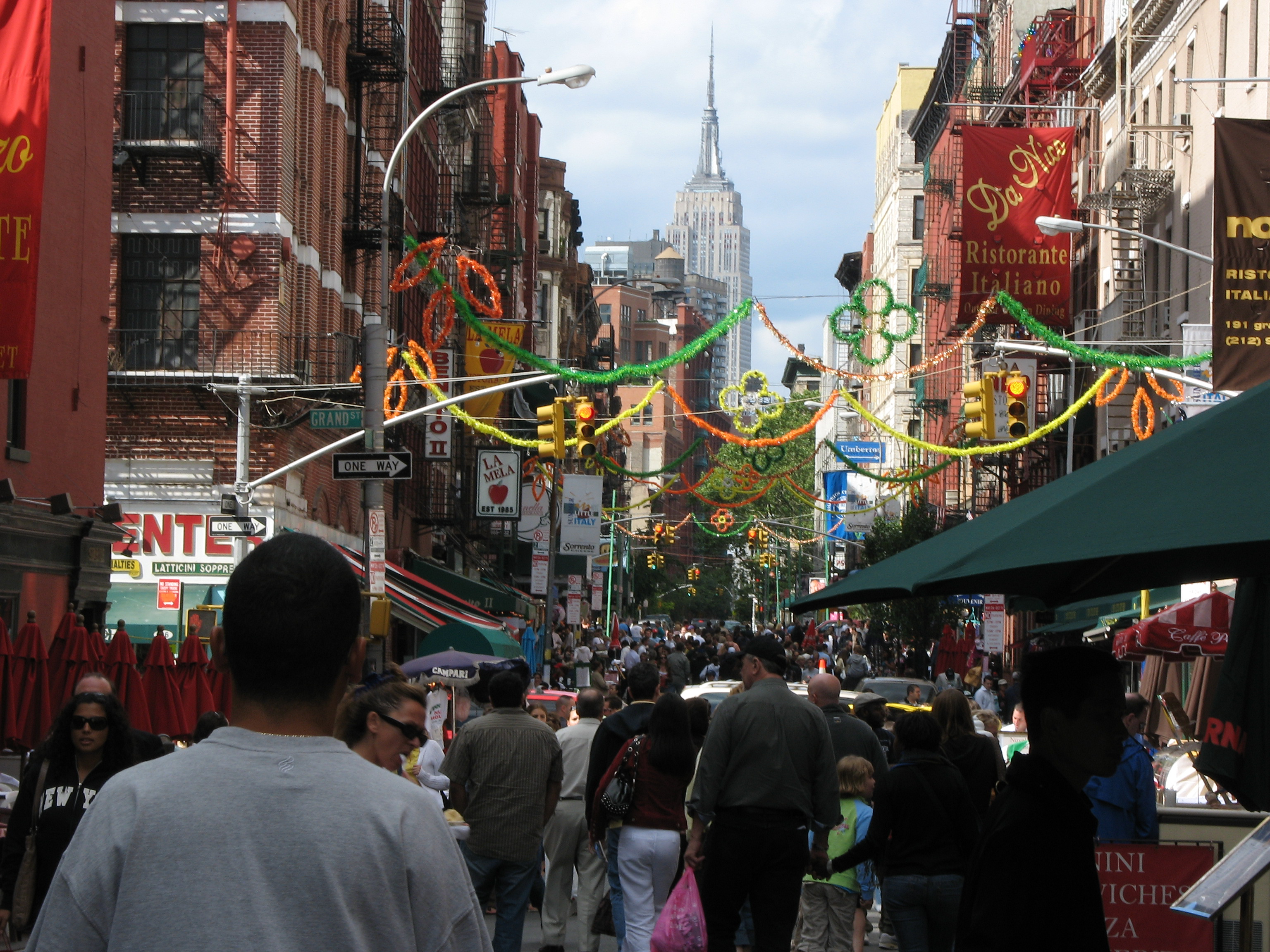 Little ireland chinatown and little italy history and tasting tour